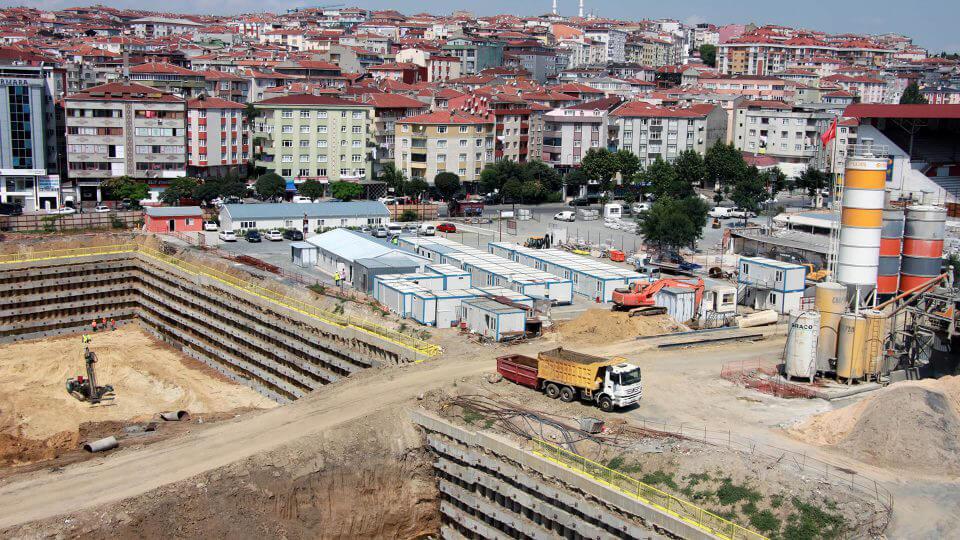 حاوية البناء